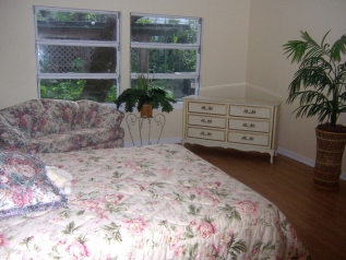 Spacious second bedroom at Mamie's Manor